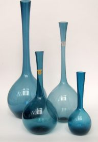 Gullaskruf vases