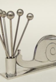 Snail cocktail stick holder 1
